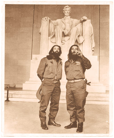 Aprile 1959, Camilo Cienfuegos e Rafael Ochoa al Lincoln Memorial in Washington