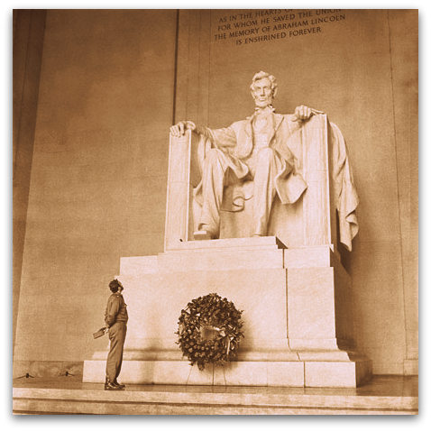 Aprile 1959, Fidel Castro al Lincoln Memorial in Washington